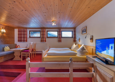 haus-moostal-1a-zimmer-appartements-in-st-anton-am-arlberg