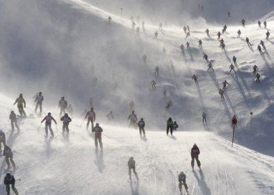 haus-moostal-winter-rennen-detail-blumen-zimmer-appartements-in-st-anton-am-arlberg